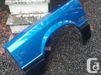 91-93 Mustang GT Front Fender. No dents. Factory blue