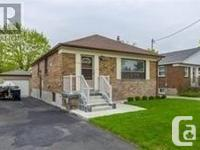 Overview Beautiful Raised Bungalow With Great Private