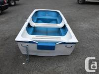 Used in good shape! Just as you see it, no oars and no