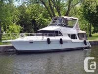 The 370 Voyager is a big boat inside and 1 has the