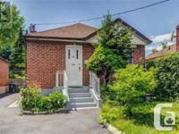 Overview Great East York Bungalow On A Private 32X110