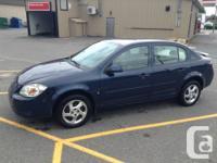 A vendre Pontiac G5 2008 berline 4 portes bleu
