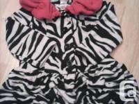 In excellent condition girls Mack & Co size 3T jacket