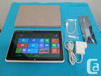 """Acer w510 10.1"""" Tablet 64GB Window 8 in an excellent"""