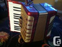 Hohner Acordeon for sale. It's in excellent condition
