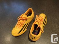 Used 1x Bought new Great pair of 2014/2015 cleats! Have
