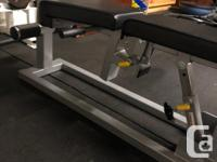 Excellent Condition -Adjusts to 3 different incline