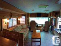 1999 36' Fleetwood Bounder on Ford Chassis 33,000km on
