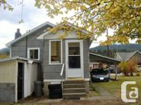 # Bath 1 Sq Ft 480 MLS 2428791 # Bed 2 Little home with
