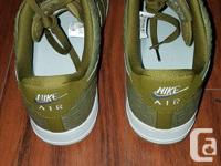 Selling a pair of Air Force Ones that I never ended up