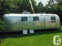 Classic Airstream worldwide soveriegn land private