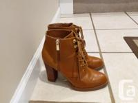 Aldo leather shoes Size 7.5; Excellent condition; Only