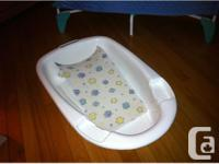 BOOSTER SEAT / PORTABLE HIGH CHAIR BABY BATH WITH BABY for sale  Quebec