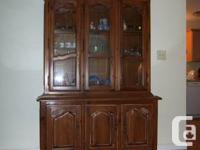 Numerous items of Ethan Allen furniture, in superb