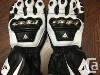 Note - all gear is in Nanaimo Alpinestars Jaws leather