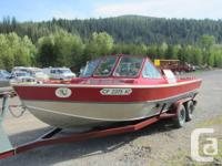21 foot Alumaweld River Boat for sale. This 1988
