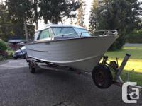 21 ft aluminum boat with alaskan bulkhead. Fuel