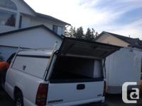 Aluminum, fits a full sized 8ft truck box, two