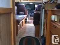1999 American Cruiser Class B Motorhome on a Dodge