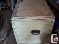 Large cedar hope chest or blanket trunk. Made in Perth,