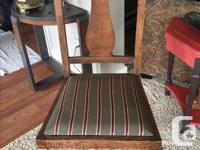 Solid wood antique chairs. No breaks or cracks, can be