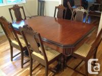 10 piece antique dining room set . 5 chairs and 1