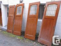 je vends      3 portes antiques de 1935 en ch
