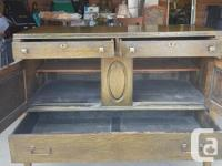 This beautiful antique mission style ¼ sawn oak