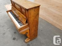 Beautiful Antique Piano! Amazing details and