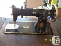 1936 Singer Sewing Machine in cabinet. Model 15-88 or