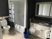 # Bath 1 Sq Ft 1400 Pets Yes Smoking No # Bed 3 LARGE
