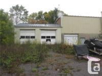 Approx 6,000 SQFT building w/1 acre land, great for