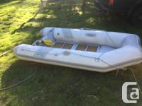 Aquapro 8 foot dingy, good shape. Internal keel has