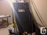 double net basketball arcade comes with 4balls machine for sale  Ontario