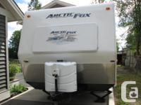 2011 Arctic Fox Travel Trailer Model 25p One Owner by