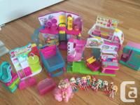 Huge lot of Shopkins toys and accessories. Excellent