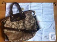 Selling this great spacious satchel handbag simply