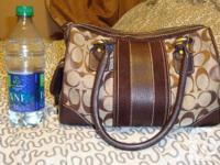 Coach Medium Shoulder Bag 100% Authentic  Tan with