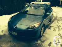 Make Mazda Version 3 Year 2011 Colour blue kms 90670
