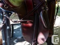 Gorgeous Syd Hill Australian Saddle, over/under girth,