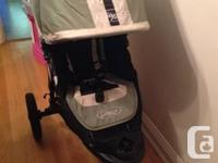 Selling a Baby Jogger City Elite Stroller (Green Sport)