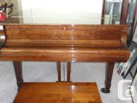 Beautiful infant marvelous piano (Young-Chang: version
