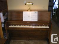 Baldwin Hamilton 243 upright acoustic piano, oak