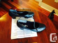 7.5 W Capizio ballroom dancing practice shoes Used one