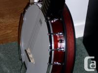 5 string banjo, selling due to the fact I've lost
