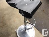 Brand new , never used bar stools. 2 stools, Elegant