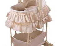 First Years Bring Me Near 5-in-1 Carrycot- Superb