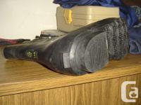 Bata Black bunny boots size 14R keep your feet warm in