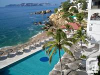 Your location in the Acapulco sunlight is here! Your
