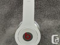LIKE NEW CONDITION - WORN ONLY 1 OR 2 TIMES! White